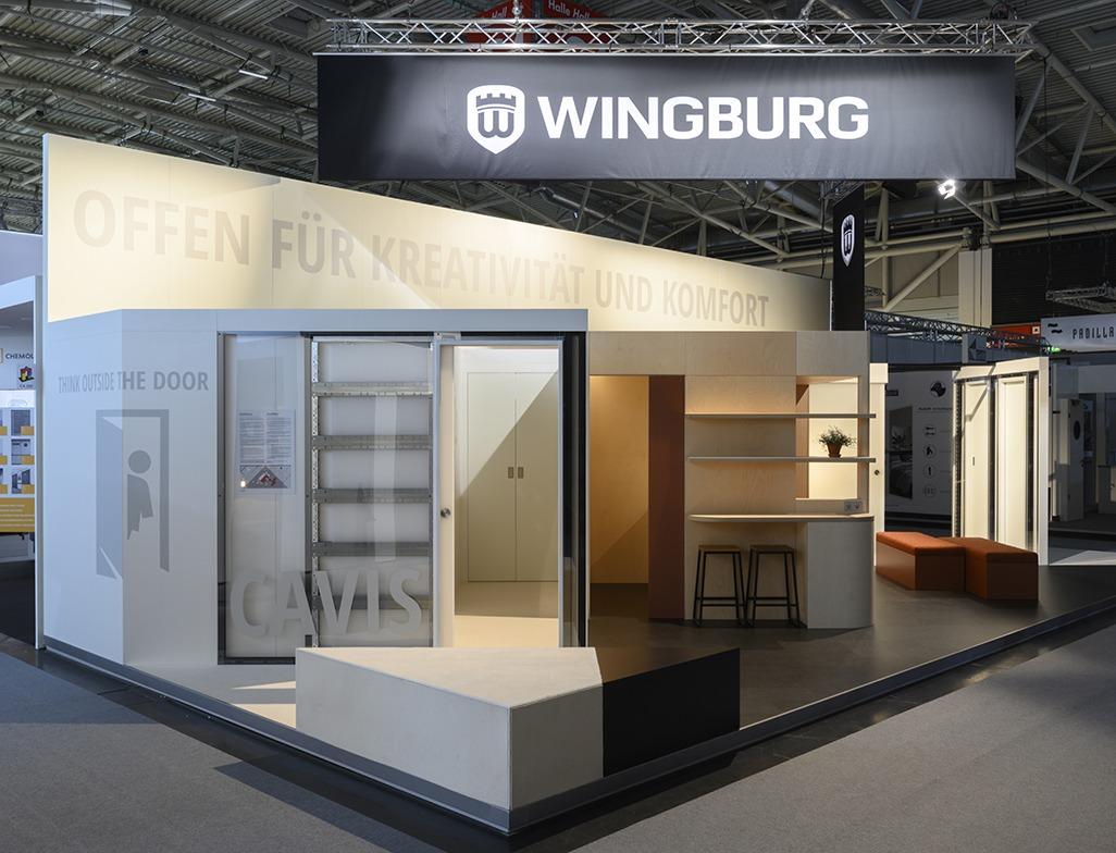 Paola_Bagna_Stand_Wingburg_Munich_01
